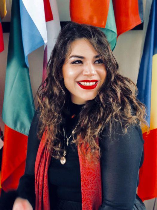Profilna fotografija: Maruška Strah
