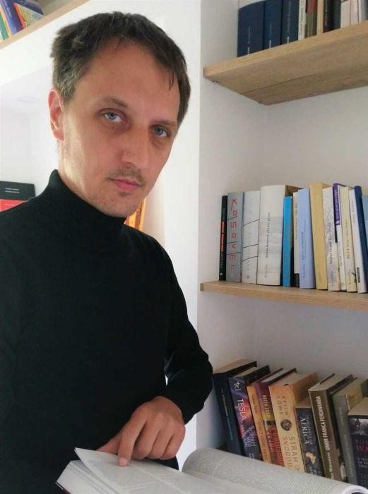 Profilna fotografija: Marjan Horvat